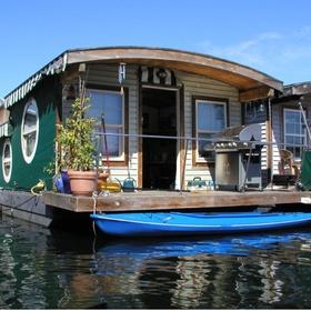 Rent a boathouse - Bucket List Ideas