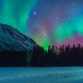 See the Northern Lights (Aurora Borealis) - Bucket List Ideas