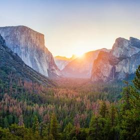 Go to Yosemite National Park, California - Bucket List Ideas