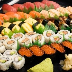 Eat sushi in tokyo, japan - Bucket List Ideas