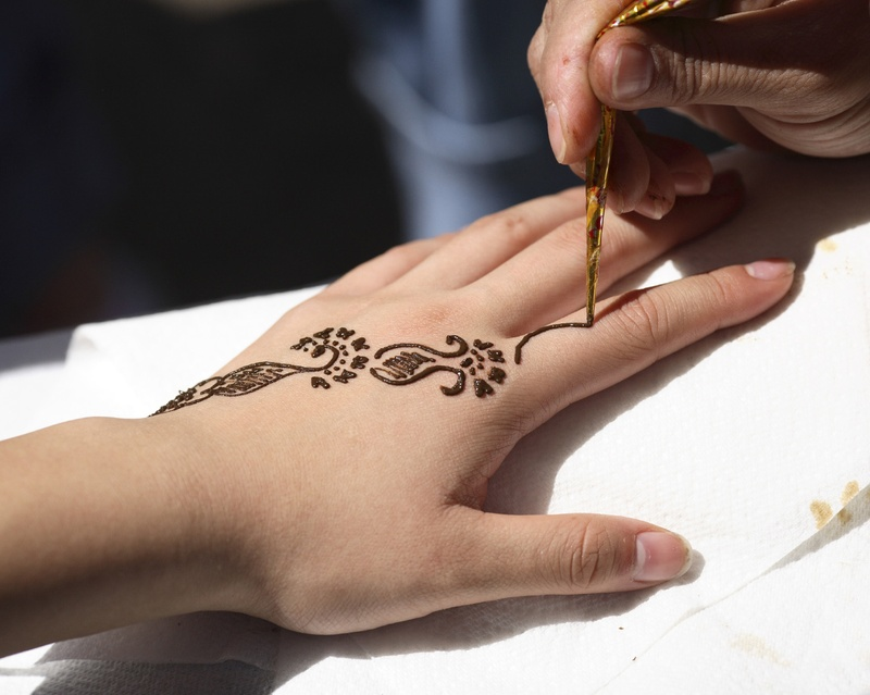 Henna Tattoo Qatar : Bucketlist get a henna tattoo official bucket list