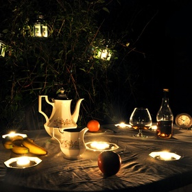 Go on a Midnight Picnic - Bucket List Ideas