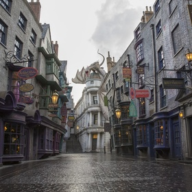 Visit the Wizarding World of Harry Potter theme park - Bucket List Ideas