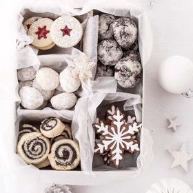Make 10 Christmas Themed Recipes - Bucket List Ideas