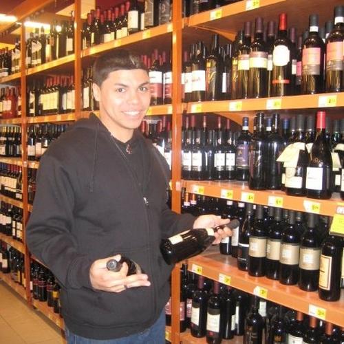Drink wine in Italy - Bucket List Ideas