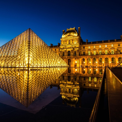 Visit the Louvre in Paris - Bucket List Ideas