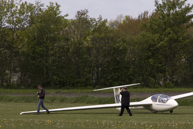 how to fly a glider