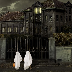Visit a place thats Haunted - Bucket List Ideas