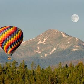Ride in a Hot Air Ballooon - Bucket List Ideas