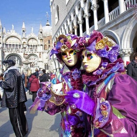Go to Carnival in Venice, Italy - Bucket List Ideas