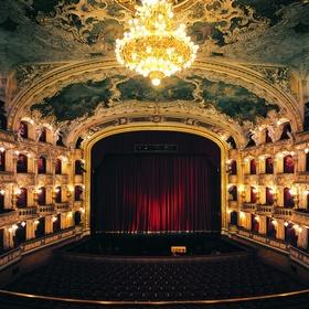 Go to an opera - Bucket List Ideas