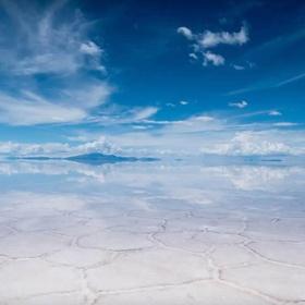 Visit Uyuni Salt Flats, Bolivia - Bucket List Ideas