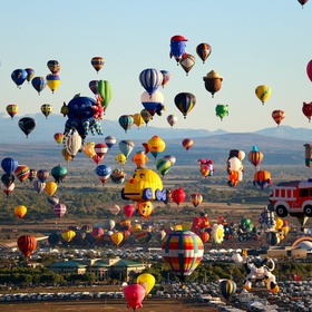 Go to Albuquerque and see the International Balloon Festival - Bucket List Ideas