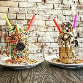 Have a Milkshake from Buns Bar in New York City - Bucket List Ideas