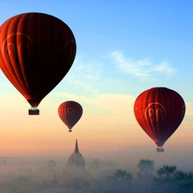 Ride a hot air balloon - Bucket List Ideas