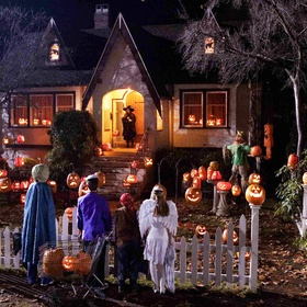 Trick Or Treat In The US - Bucket List Ideas