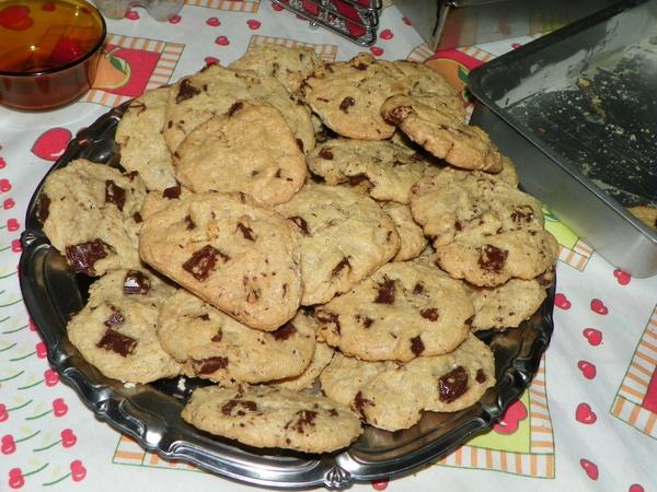 Bake cookies - Bucket List Ideas