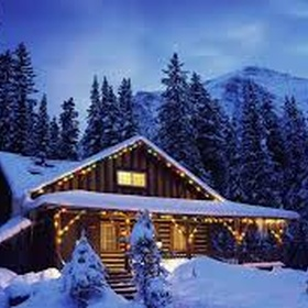 Spend christmas in a cabin in the mountains surrounded by snow - Bucket List Ideas