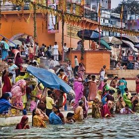 Bathe in the Ganges - Bucket List Ideas