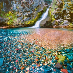 See Polychrome Pool in the Three Sisters Wilderness, Oregon - Bucket List Ideas