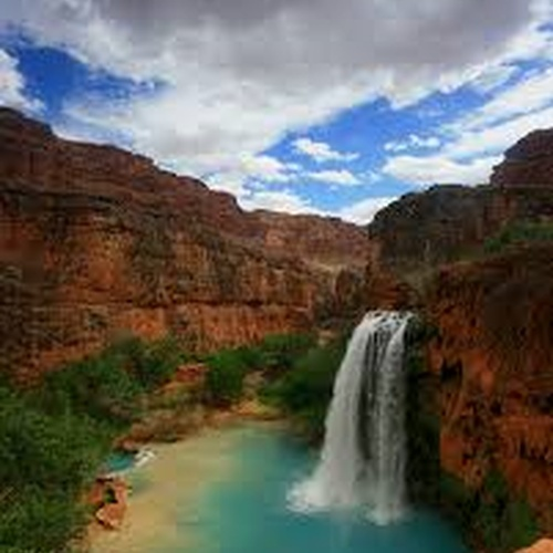 Hike to Havasu Falls-Grand canyon - Bucket List Ideas