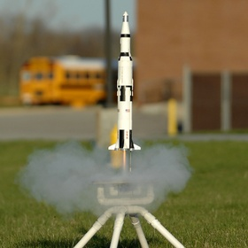 Build a working toy rocket with my kids - Bucket List Ideas