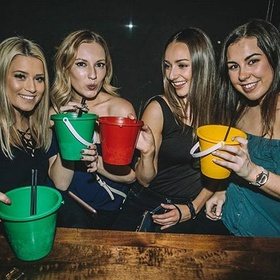Try Bucket Drink at The Yale Saloon - Bucket List Ideas
