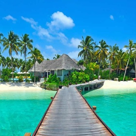 Go to the Maldives - Bucket List Ideas
