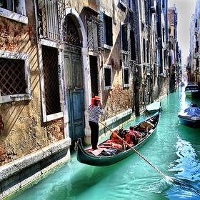Ride the gondola in Venice - Bucket List Ideas