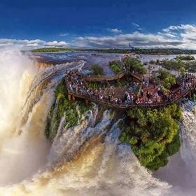 Visit Iguazu Falls - Bucket List Ideas