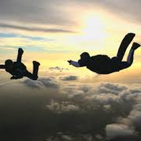 Sky dive - Bucket List Ideas