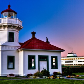 Climb to the top of Mukilteo Lighthouse in Washington - Bucket List Ideas