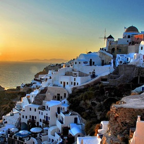 Watch the Sunset from Oia, Santorini, Greece - Bucket List Ideas