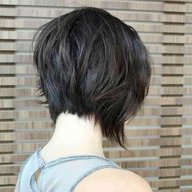 Cut my hair with a beautiful model - Bucket List Ideas
