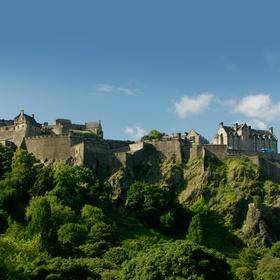 Visit Edinburgh Castle in Scotland - Bucket List Ideas