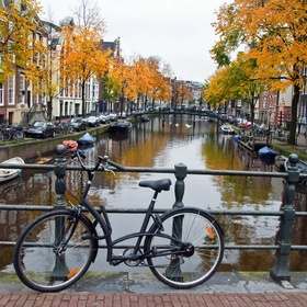 Ride a bike through amsterdam - Bucket List Ideas