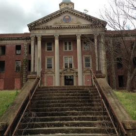 Visit the Central State Hospital in Milledgeville ga - Bucket List Ideas