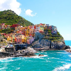 Hike Cinque Terre, Italy - Bucket List Ideas
