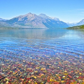 Visit Lake McDonald in Montana - Bucket List Ideas