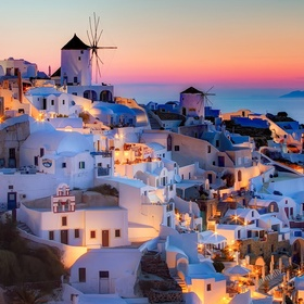 Watch a sunset in Santorini - Bucket List Ideas