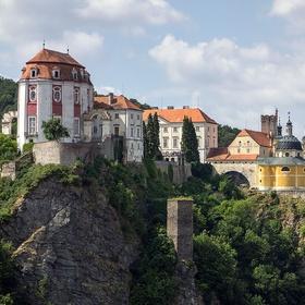 Visit castle Vranov nad Dyjí, Czech Republic - Bucket List Ideas