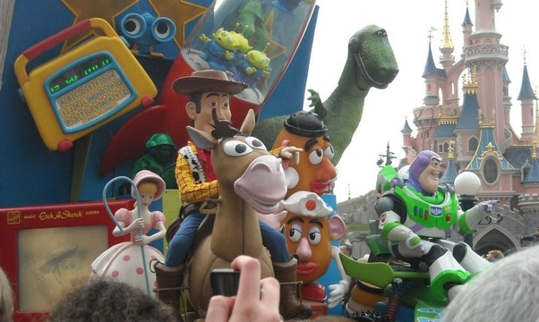 Visit Disneyland, Paris - Bucket List Ideas