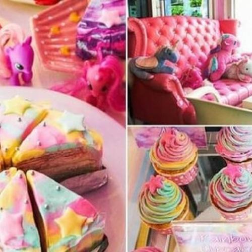 🍴 Eat at Unicorn Cafe in Thailand - Bucket List Ideas