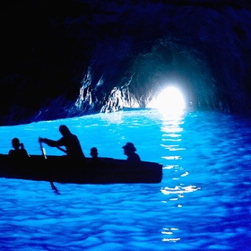 Visit the Blue Grotto in Italy - Bucket List Ideas