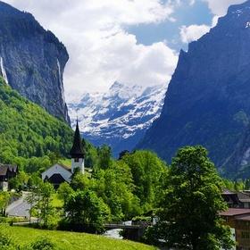 Have dinner in Lauterbrunnen, Switzerland - Bucket List Ideas