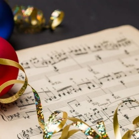 Christmas - Listen To Christmas Music - Bucket List Ideas