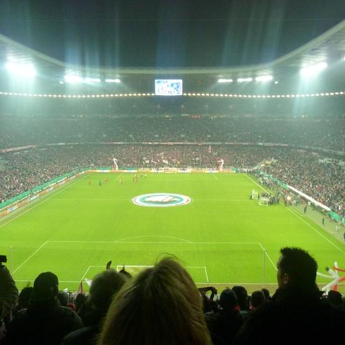 Im Fußballstadion ein Spiel anschauen - Bucket List Ideas
