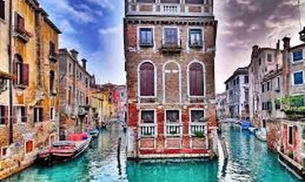 Go to Venice, Italy - Bucket List Ideas