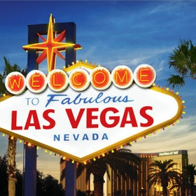 Party in las vegas with a group of friends - Bucket List Ideas