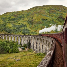 Ride the Jacobite steam train across Glenfinnan Viaduct - Bucket List Ideas